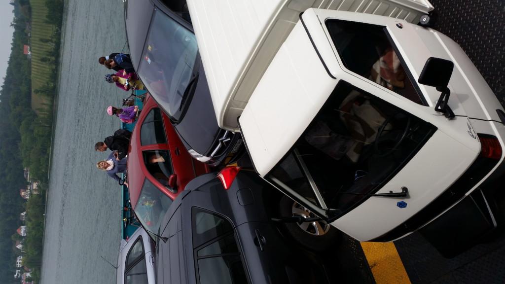 Apelinas zum ersten Mal auf der Fähre, Heimweg nach Konstanz