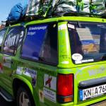 """Rallyeteam mit """"Nett hier. Aber waren Sie schon mal in Baden-Württemberg.""""- Aufkleber"""