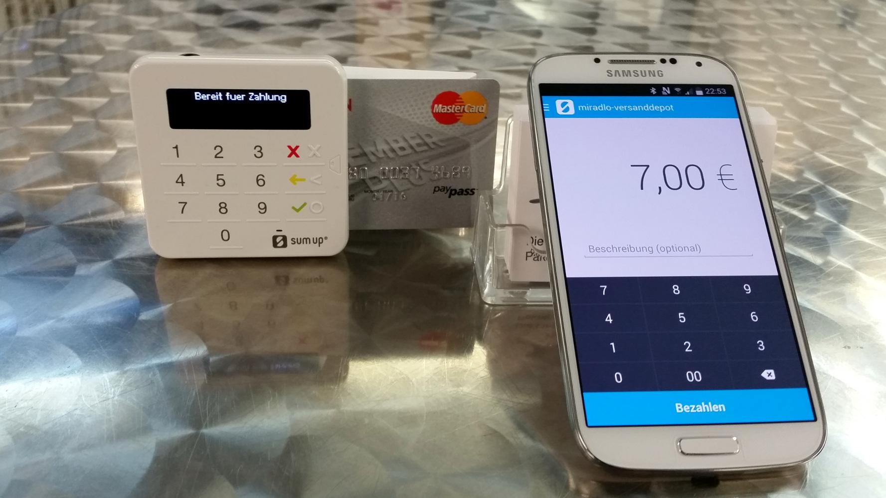 Kreditkarte - Elektronische Zahlung per Karte mit Vor- und Nachteilen des Anbieters Sumup beim miradlo-Versanddepot