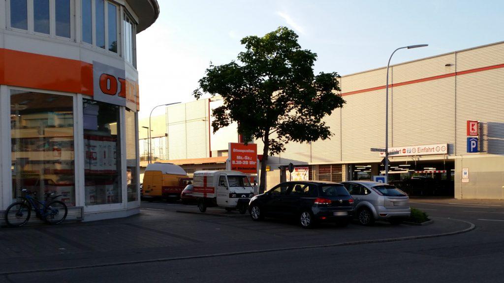 Apelina als Einkaufsfahrzeug, Obi, Kaufland und Co in Konstanz - miradlo-Versanddepot