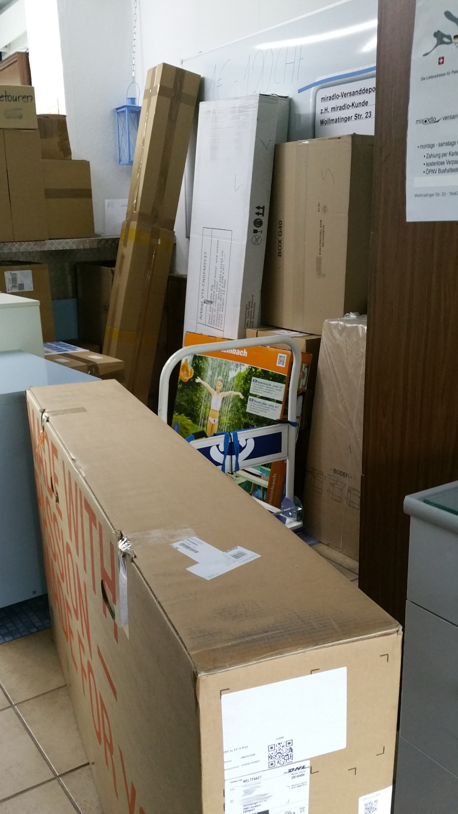 eine lieferung mehrere pakete kosten lieferadressen tipps. Black Bedroom Furniture Sets. Home Design Ideas