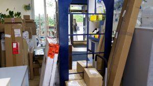 Viele Pakete gleichzeitig einzulagern rundum Feiertage - miradlo-Versanddepot