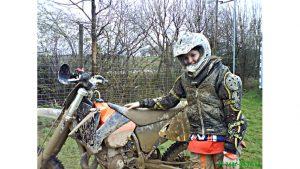 Wie alles begann - Nina Heimbüchel- Motocross-Adventskalender - miradlo Versanddepot