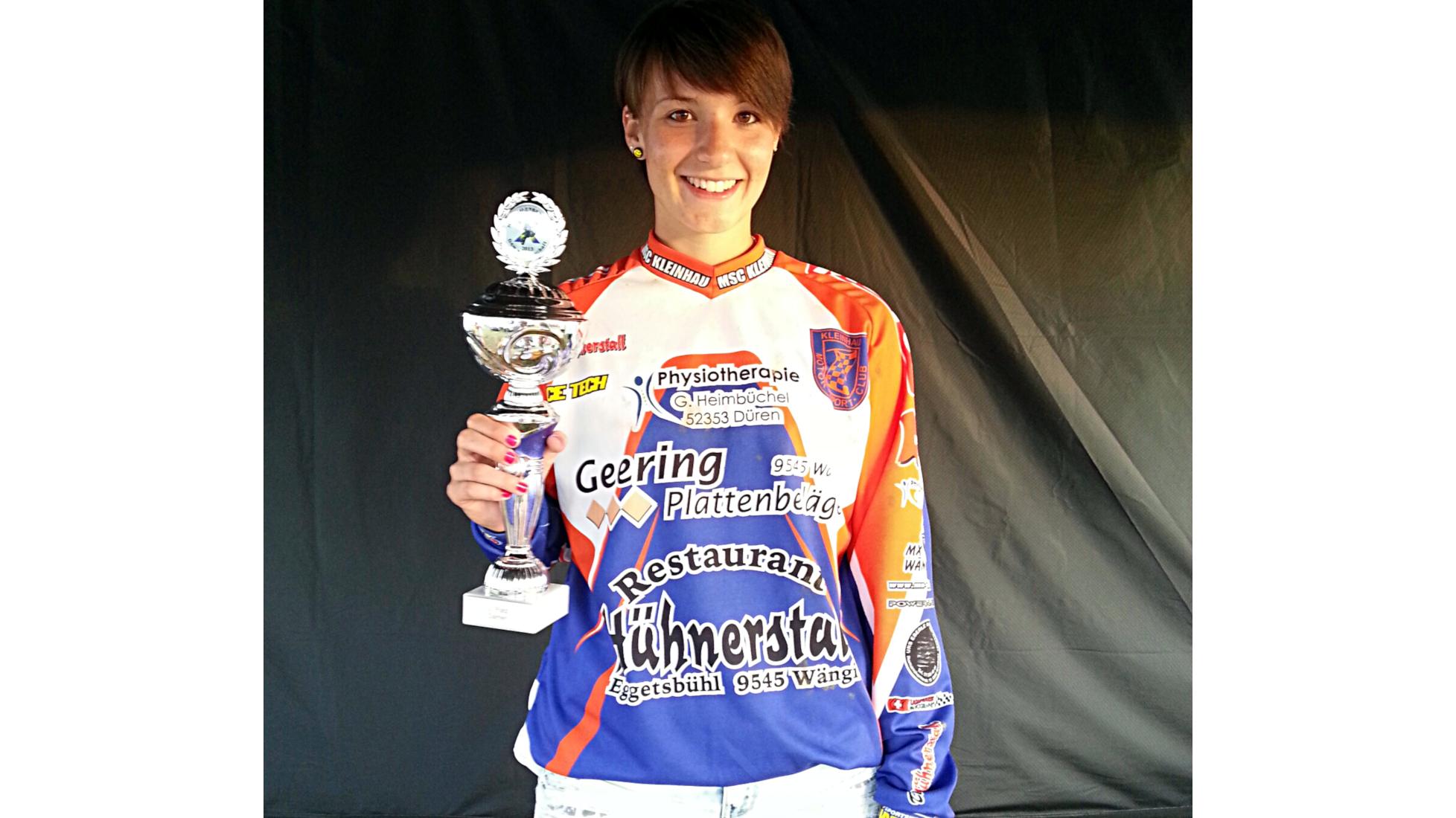 Besonderes Rennen Teil I - Nina Heimbüchel- Motocross-Adventskalender - miradlo Versanddepot