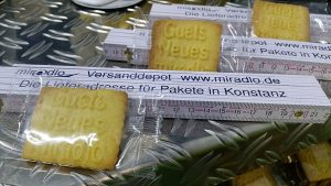 Neujahrspäckle - Guets Neues Keks und Meter - miradlo Versanddepot