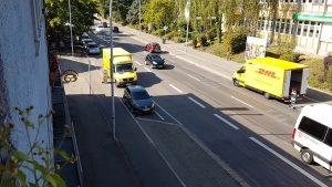"""Bei uns kommen viele """"gelbe Autos"""" täglich, es ist nicht """"der Zusteller, der gerade das eine Paket bringt - DHL-Paketshop Konstanz"""