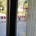 ...wohl doch nicht letzter Tag der Baustelle vor der Lieferadresse miradlo-Versanddepot, Bushalteplatz muss repariert werden