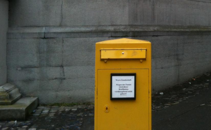 Briefkasten hat Fasnet, keine Briefe einwerfen, keine Leerung, Briefträger - miradlo Versanddepot Konstanz