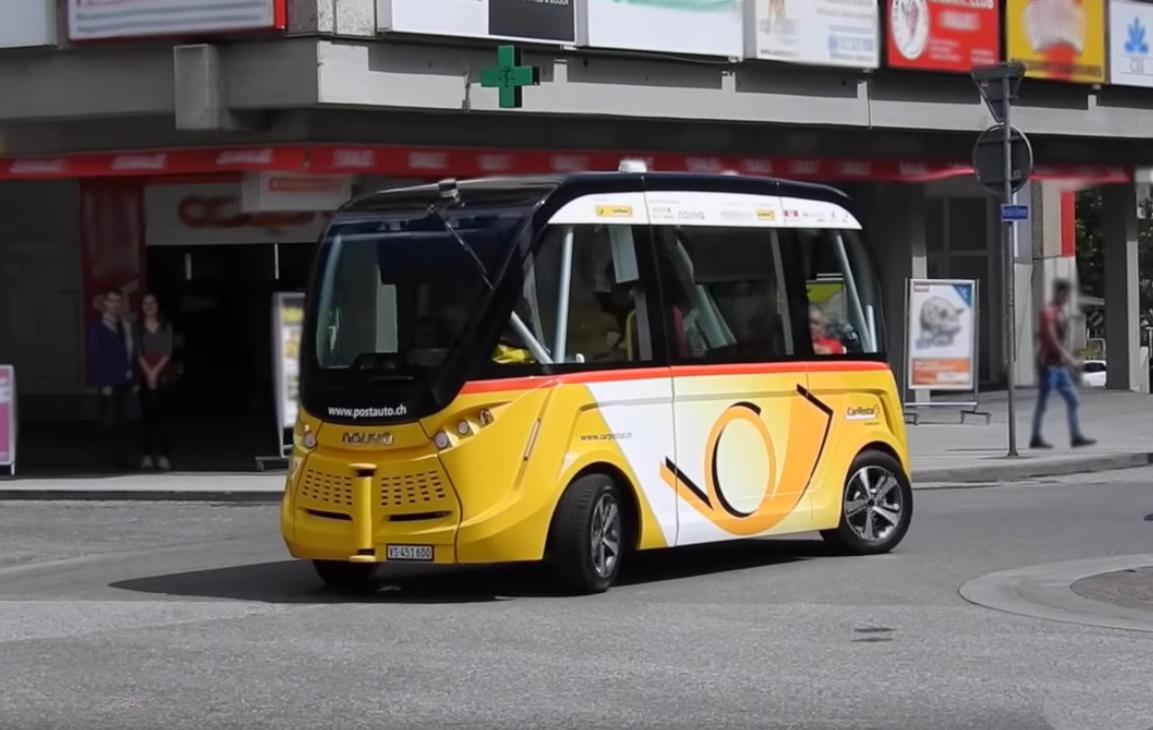 SmartShuttle, schweizer Postauto, Screenshot aus einem youtube-Video - miradlo Versanddepot