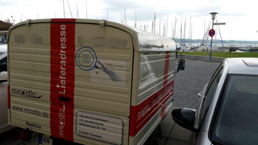 Apelina am Fährehafen in Konstanz, miradlo-Versanddepot