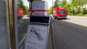 Speditionen für größere Lieferungen - Zusteller beim miradlo-Versanddepot, der Lieferadresse in Konstanz