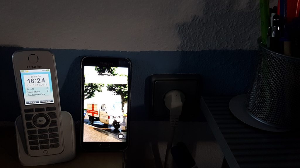 Festnetz oder mobil - Telefone im miradlo-Versanddepot Konstanz
